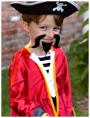 Planning a pirate party for your kid's birthday? From invitations in a bottle, to homemade telescopes, grub, and plenty of treasure, here are great party ideas.