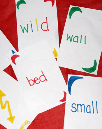 Kindergarten Offline Games Activities: Crazy Eights With Word Families!
