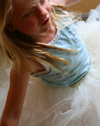 First Grade Arts & Crafts Activities: Design a Tied-Up Tutu