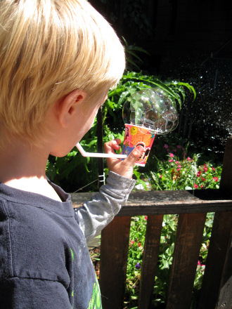 Kindergarten Holidays & Seasons Activities: Make a Bubble Pipe