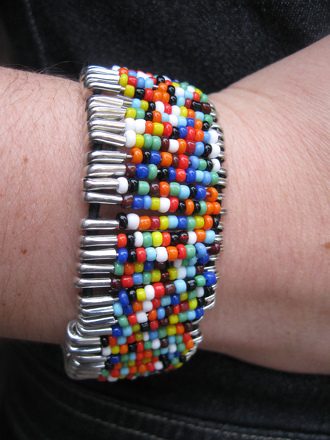 Third Grade Arts & crafts Activities: Safety Pin Bead Bracelet
