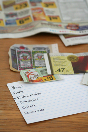 Kindergarten Reading & Writing Activities: Games for the Grocery Store