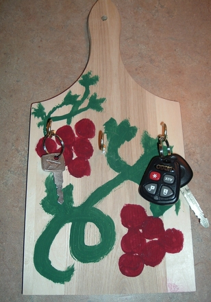 Second Grade Arts & Crafts Activities: DIY Key Holder