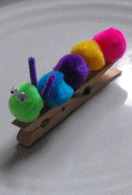Preschool Arts Crafts Activities Make A Pom Caterpillar