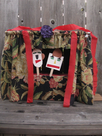 Kindergarten Arts & crafts Activities: Make a Puppet Theater