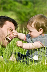 Praising Your Toddler: Do's and Don'ts