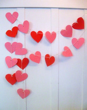 First Grade Holidays Activities: Valentine Garland