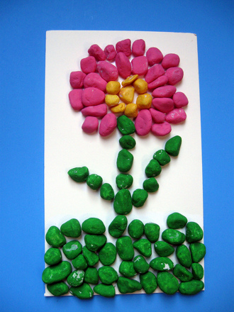 Preschool Arts & crafts Activities: Create a Painted Rock Mosaic