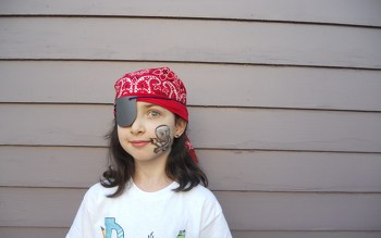 Second Grade Holidays Activities: Pirate Eye Patch