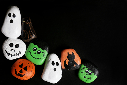 Kindergarten Holidays Activities: Halloween Rock Painting