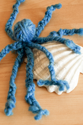 First Grade Arts & crafts Activities: Yarn Octopus