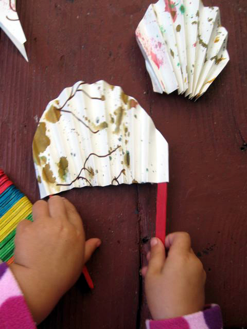First Grade Arts & Crafts Activities: Craft a Japanese Fan!