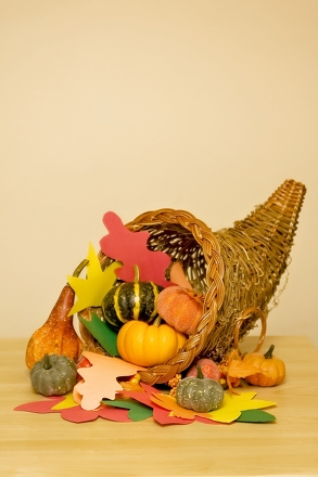 Second Grade Holidays Activities: Make a Cornucopia Table Setting