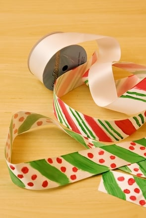Kindergarten Holidays Activities: Make Your Own Ribbon
