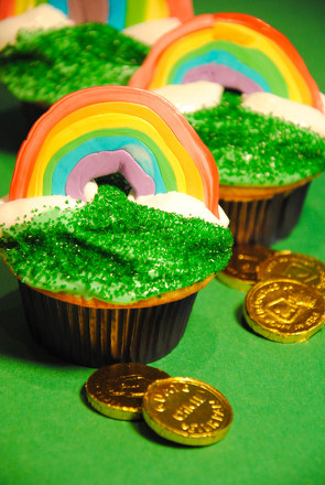 First Grade Holidays & Seasons Activities: Rainbow Cupcakes