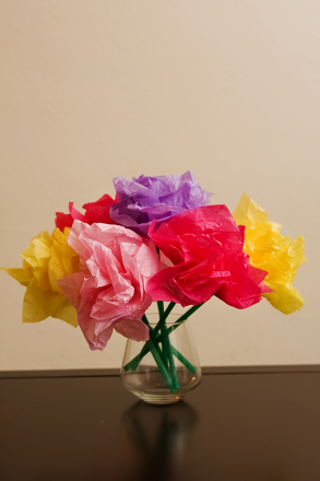 Tissue paper flowers activity education preschool arts crafts activities tissue paper flower bouquet mightylinksfo