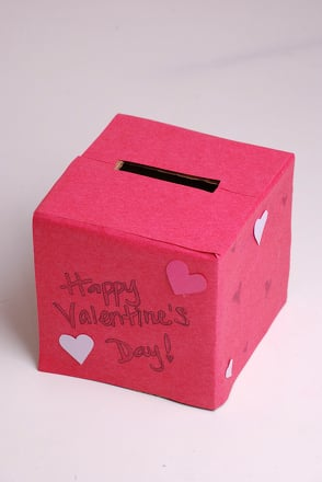Kindergarten Holidays & Seasons Activities: Valentine Mailbox