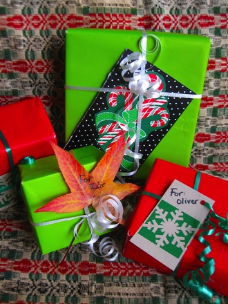 Third Grade Holidays & Seasons Activities: DIY Gift Tags