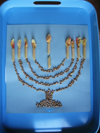 Kindergarten Holidays & Seasons Activities: Make a Macaroni Menorah!