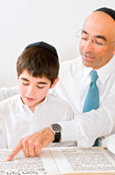 How to Keep Kids Engaged at the Passover Seder
