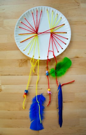 First Grade Arts & crafts Activities: Woven Paper Plate Dream Catcher