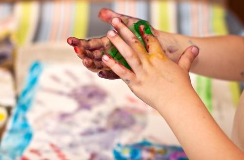 Preschool Arts & crafts Activities: Homemade Fingerpaint