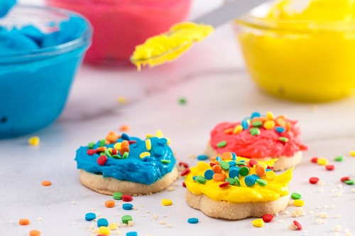 Preschool Science Activities: Color Cookies