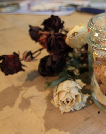 Preschool Arts & crafts Activities: Homemade Potpourri