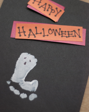 Preschool Holidays & Seasons Activities: Footprint Ghost