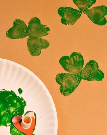 Preschool Holidays Activities: Shamrock Stamps