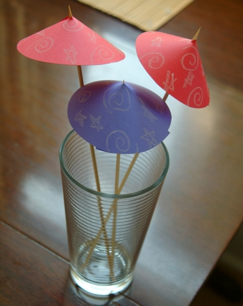 Third Grade Holidays Activities: DIY Party Ideas- Drink Umbrellas
