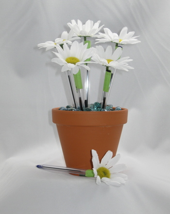 Fourth Grade Holidays & Seasons Activities: Make a Flower Pot Pen Bouquet