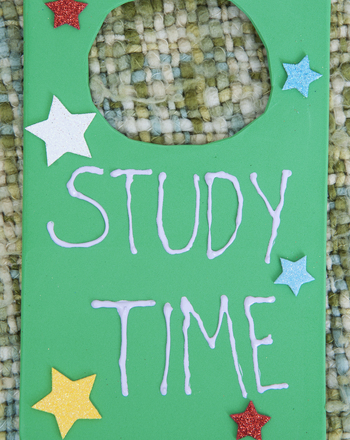 "Fifth Grade Seasons Activities: Make a ""Study Time"" Door Hanger"