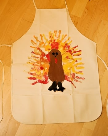 Second Grade Holidays & Seasons Activities: Make a Thanksgiving Thank You Apron