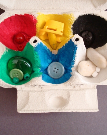 Preschool Math Activities: Create an Egg Carton Color Sorter