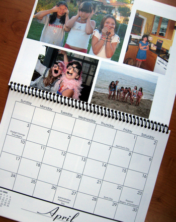 Second Grade Holidays Activities: Family Photo Calendar