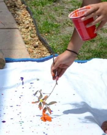 First Grade Arts & crafts Activities: Abstract Painting