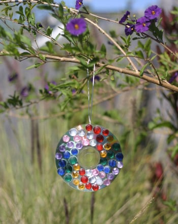Preschool Arts & crafts Activities: Suncatcher Craft