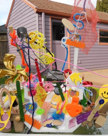 Kindergarten Arts & crafts Activities: 100th Day of School Recycle Craft