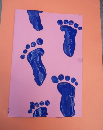 Third Grade Holidays Activities: Baby Footprints
