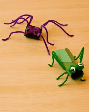 Kindergarten Holidays Activities: Cardboard Bugs