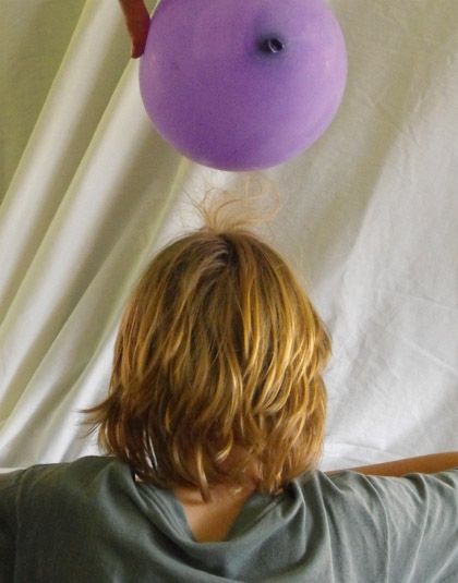 Second Grade Science Activities: Balloon Static