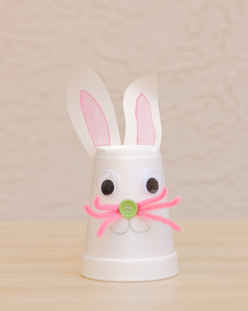 Kindergarten Holidays & Seasons Activities: Bunny Puppet