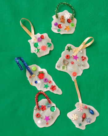 Preschool Holidays & Seasons Activities: Make Glue Ornaments for Christmas