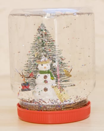 Preschool Holidays Activities: DIY Homemade Snow Globe