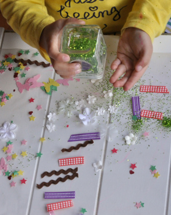 Preschool Arts & Crafts Activities: Sticky Art