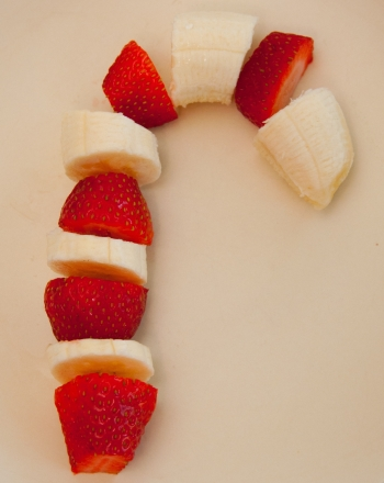 Preschool Holidays & Seasons Activities: Fruit Cane