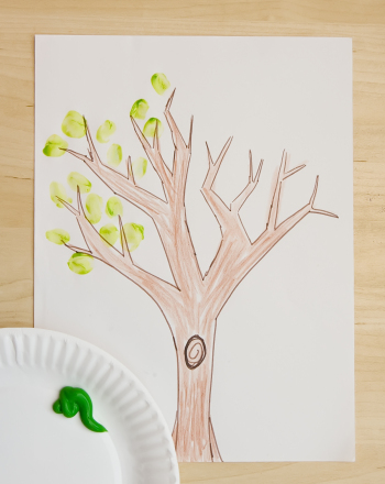 "Kindergarten Arts & Crafts Activities: 100th Day of School ""Tree of Me"""