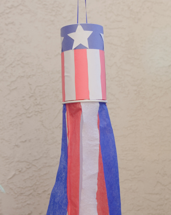 First Grade Holidays Activities: 4th of July Patriotic Decorations
