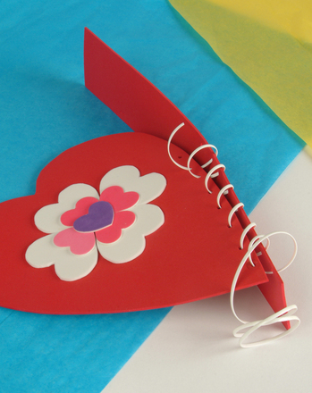 Second Grade Holidays Activities: Valentine Bag Craft